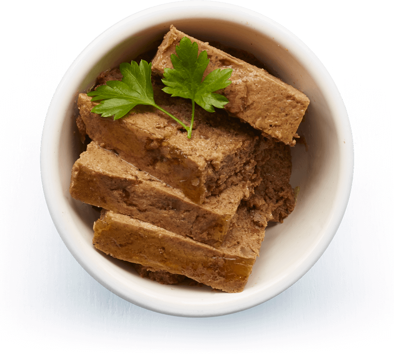 An image of Tails wet food. Farmhouse cuts with beef & tripe.